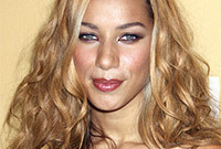 Whats-up-with-leona-lewis-hair-side